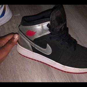 "Nike Air Jordan 1 Mid ""Johnny Kilroy"""